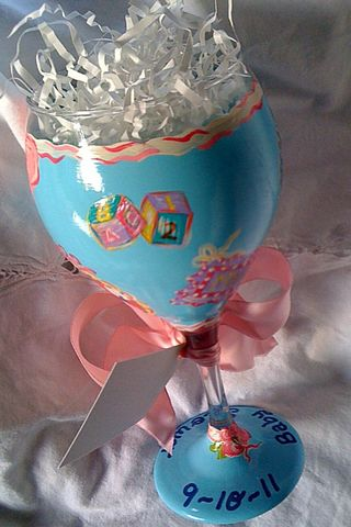 Back of baby shower wine glass
