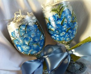 Hydrangea wine glass