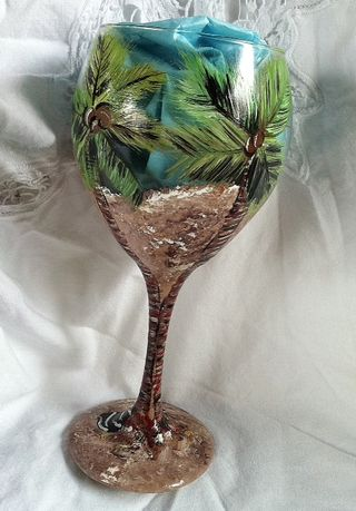 Back of 3D bikini wine glass